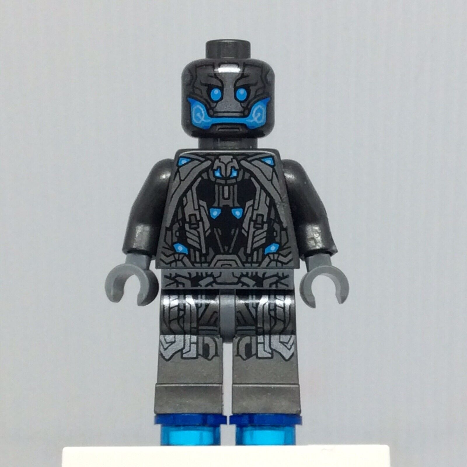 LEGO MINIFIGURE SH166 SUPER HEROES ULTRON SENTRY AS PER PICTURE