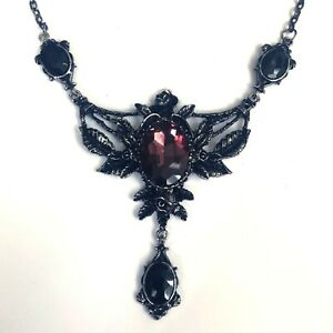 Restyle-80s-Gothic-Victorian-Occult-Wild-Roses-Burgundy-Stone-Pendant-Necklace
