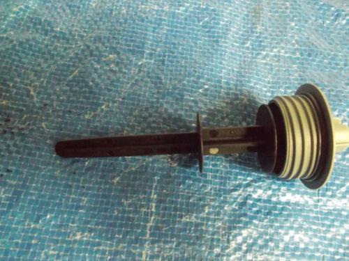 New 04-06 Volkswagen Phaeton Power Steering Reservoir Cap Cover w// Dipstick OEM
