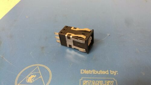 Honeywell Micro Switch AML21BBA2BA PUSHBUTTON SPDT Momentary NEW
