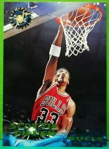 Scottie-Pippen-regular-card-1995-96-Topps-Stadium-Club-311