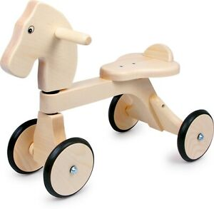 Small-Foot-Design-Walker-Pauli