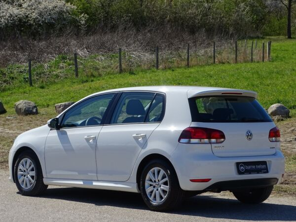 VW Golf VI 1,6 TDi 105 BlueMotion billede 2