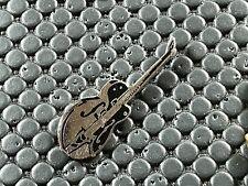 pins pin BADGE MUSIQUE MUSIC GUITARE GUIBSON SIGNE CORNER