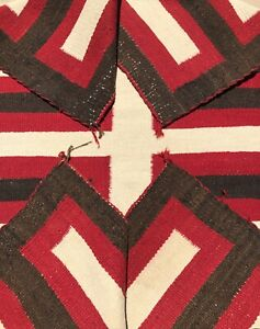 EARLY-ANTIQUE-NAVAJO-SADDLE-BLANKET-RUG-NATIVE-AMERICAN-c-1925-1935-51-X-34