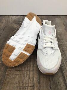 13102ffa430a Nike Huarache Run SE New Big Kids Shoe 904538 101 White Prism Pink ...