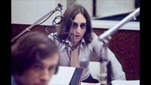 Beatle-John-Lennon-being-a-DJ-on-WNEW-New-York-Sept-1974-Rare-Recording