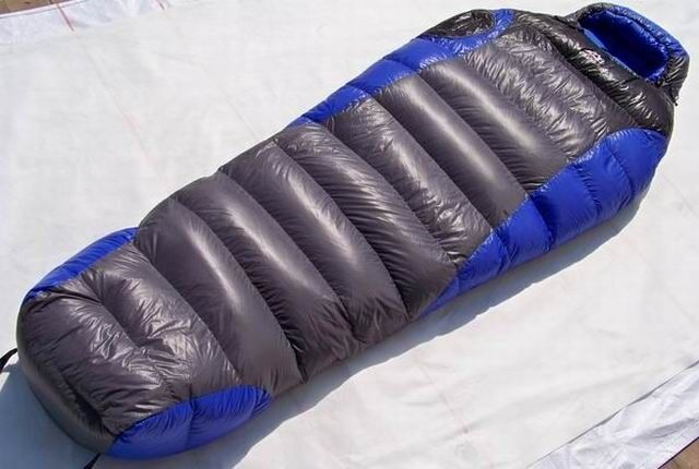 Shiny Gloss wetlook nylon mummy  sleeping bag 3000g down Expedition sleeping bag  export outlet
