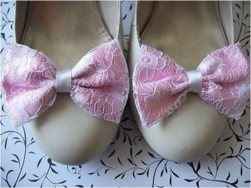 PAIR PINK SATIN WHITE FLORAL LACE SHOE CLIPS GLAMOUR BOWS 40s 50s VINTAGE STYLE