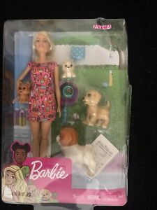 Barbie Doggy Daycare Doll, Blonde Hair with 2 Dogs & 2 Puppies-NEW- BOX CRACKED