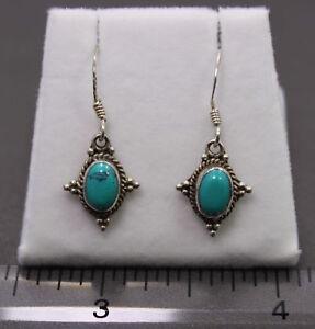 Sterling-SIlver-Southwestern-Style-Turquoise-Earrings