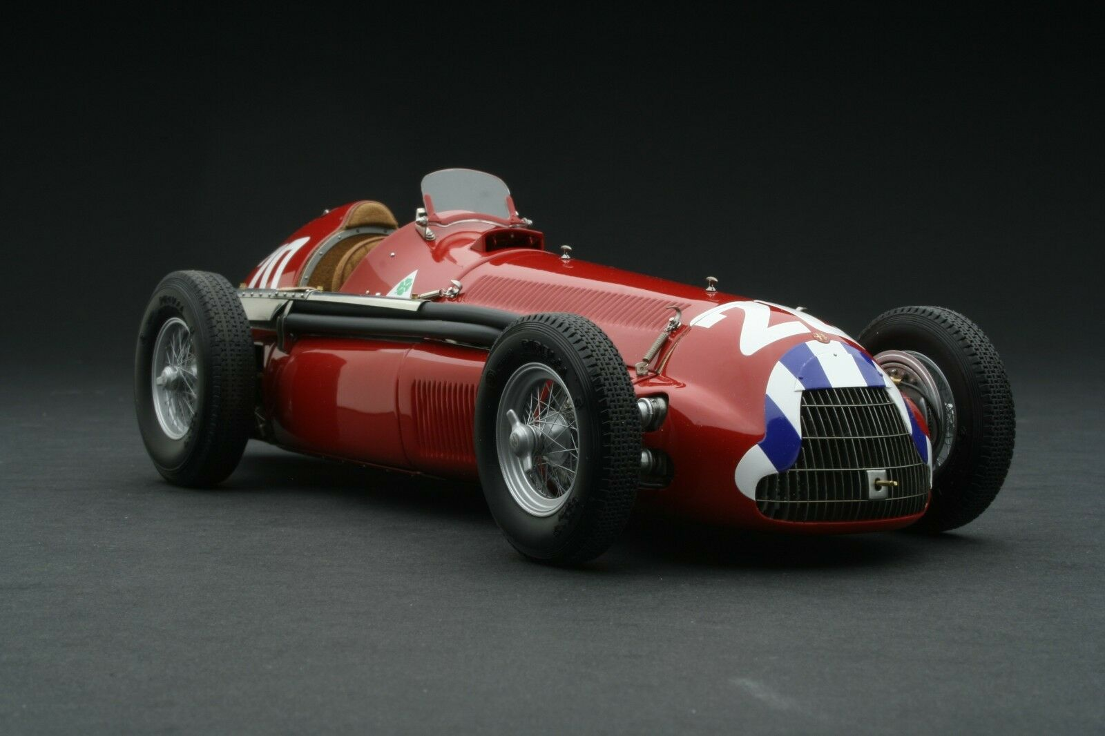 Exoto XS 1 18 1951 Alfa Romeo Alfetta 159M Nino Farina  GPC97240B