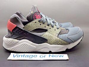 2cb13ae24339 Image is loading Nike-Air-Huarache-Run-PRM-Safari-Running-Shoes-