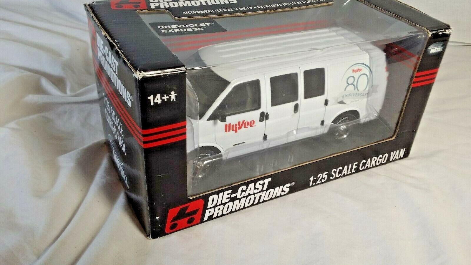Ertl Die Cast Promotions 2010 hyvee 80th aniversario GM Chevy 2500 trabajo van 1 25