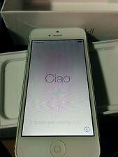 Apple iPhone 5 Unlocked GSM 16GB White Smartphone AT&T Tmobile Worldwide Read