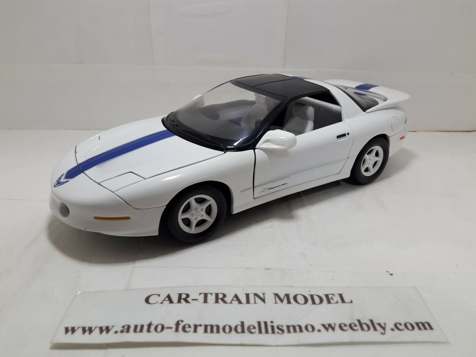 Pontiac Firebird Trans AM 25th 1994 - ERTL 1 18 1 18 1-18