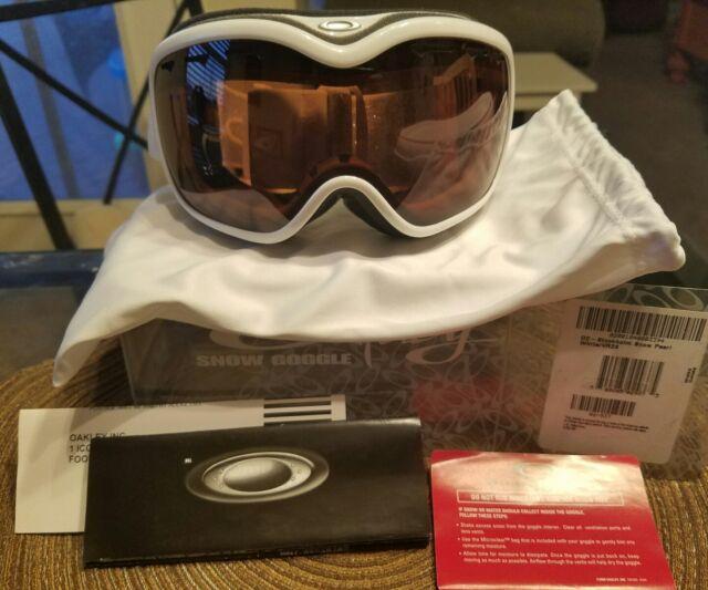 7f7d5d0822c7a New OAKLEY Stockholm Snow Goggles Womens pearl white vr28 black ski  snowboarding