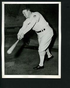 Joe Cronin 1944 Press Wire Photo Boston Red Sox at Tufts College Medford