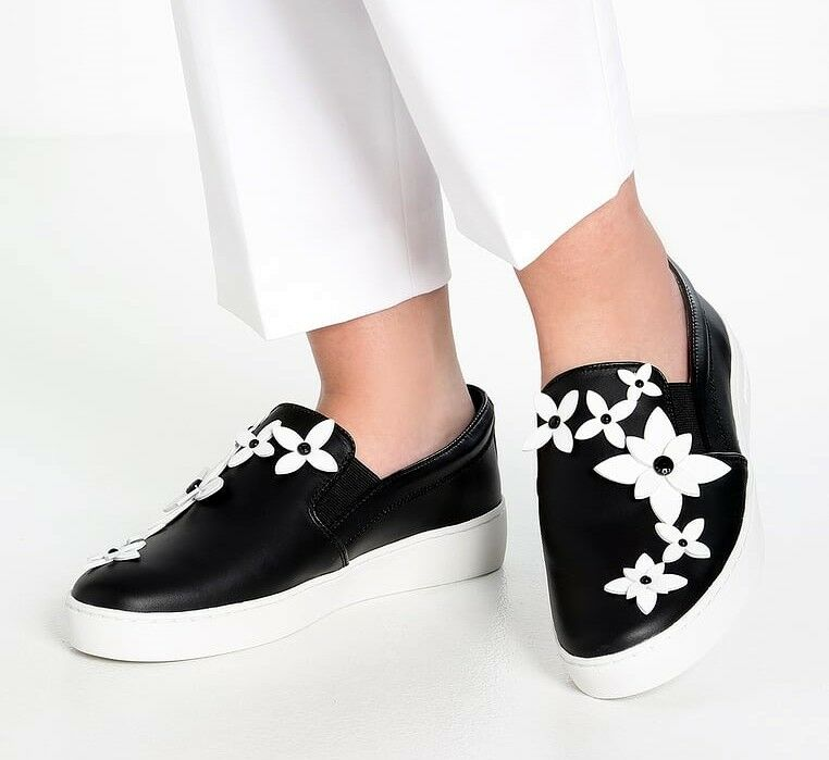 Michael Kors Lola Slip-On Sneakers Trainers Black/White Size 37 NEW