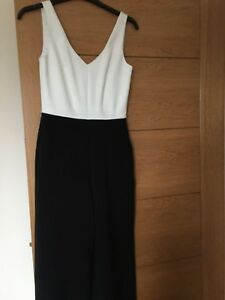 Warehouse Spotlight White & Black Jumpsuit V Neck Front & Back Size Uk 6 Geschickte Herstellung