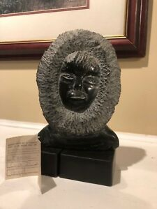Mannumi-Shaqu-1917-2000-Vintage-Inuit-Art-Carving-Bust-of-Glancing-Woman