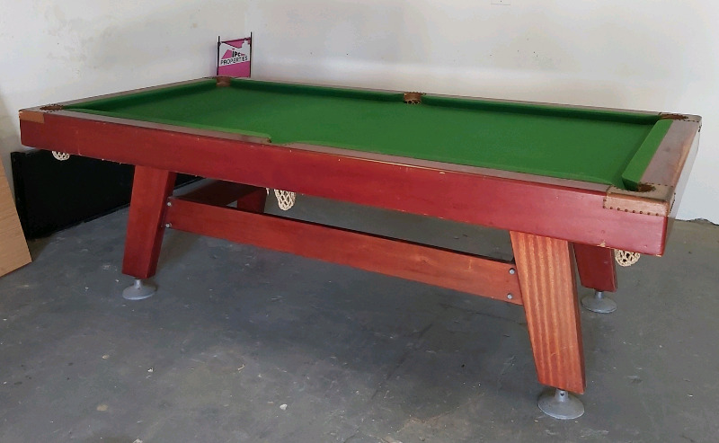 Pool/Snooker - Table