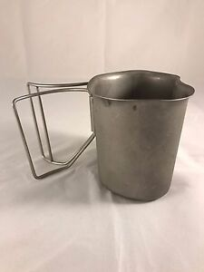 GENUINE US MILITARY STAINLESS BUTTERFLY HANDLE CANTEEN CUP