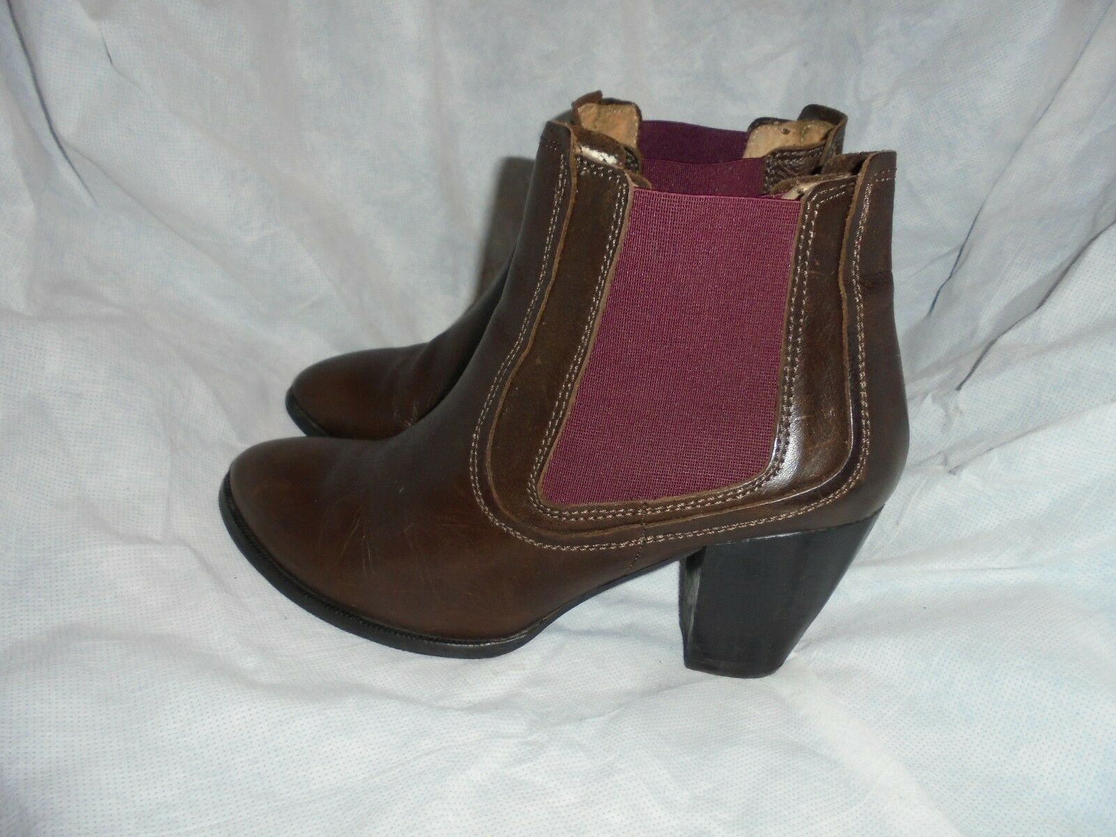 NW 3  WOMEN'S BROWN LEATHER PULL ON ELASTICATED ANKLE BOOT SIZE VGC