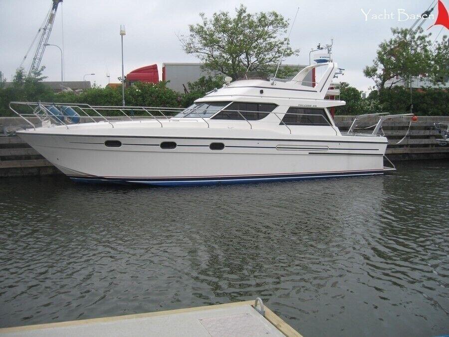 Princess 415, Motorbåd, årg. 1989