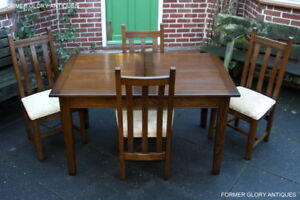 OLD-CHARM-LIGHT-OAK-KITCHEN-EXTENDING-DINING-TABLE-SET-amp-FOUR-UPHOLSTERED-CHAIRS