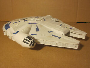 Star-Wars-Millennium-Falcon-12-034-Giant-Sized-Space-Ship-Hasbro-Toys-Lucasfilms
