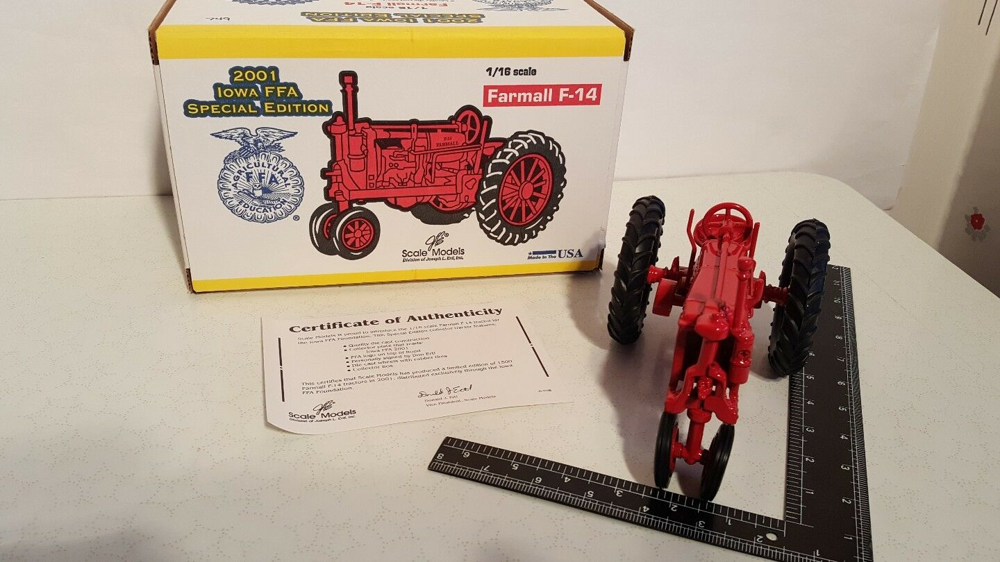 FARMALL F-14 1 16 diecast farm tractor REPLICA DE COLLECTION par SCALE MODELS