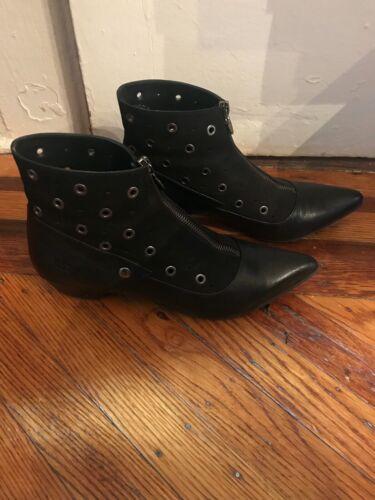 John Fluevog Zip up Booties Leather Suede 9 Black