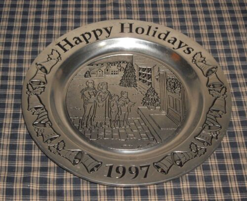 "1997 Wilton RWP Armetale Pewter 11"" Happy Holidays Carolers Plate Made in USA"