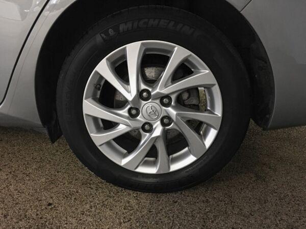 Toyota Auris 1,8 Hybrid H2 Comfort TS CVT - billede 4