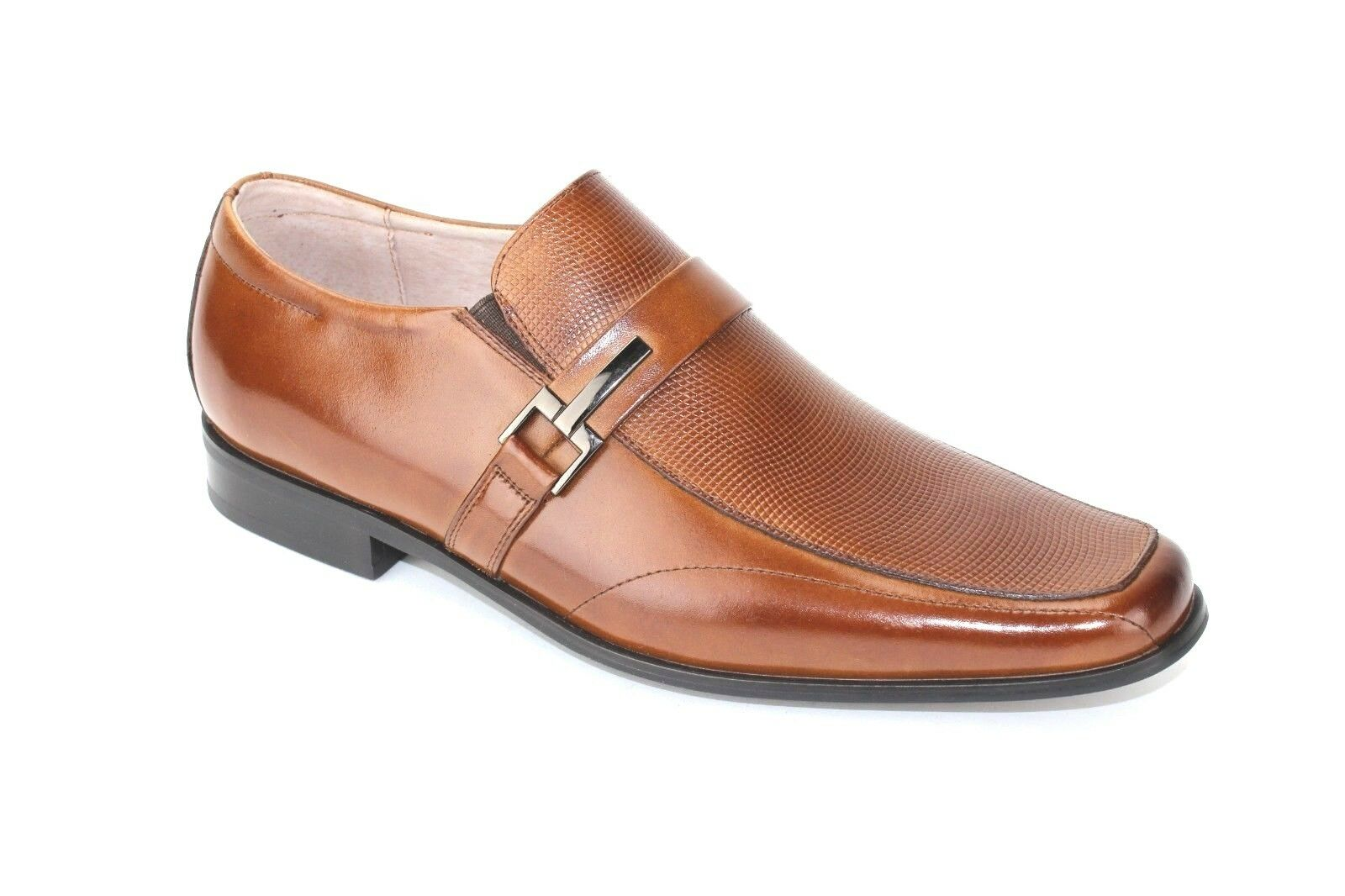 Stacy Adams Men's Beau Bit Perforated Loafer Cognac Size 8.5 M