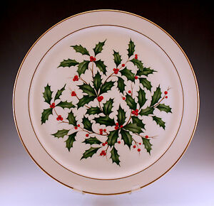 "LENOX, USA HOLLY, CHRISTMAS HOLIDAY 12.1/2"" ROUND PLATTER, CHARGER, MINT"