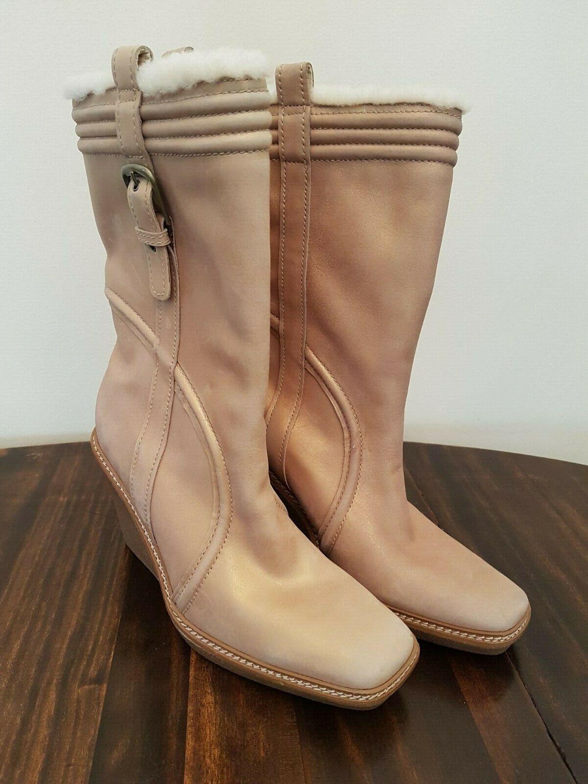 Cole Haan-botas de cuero de cuña de oro