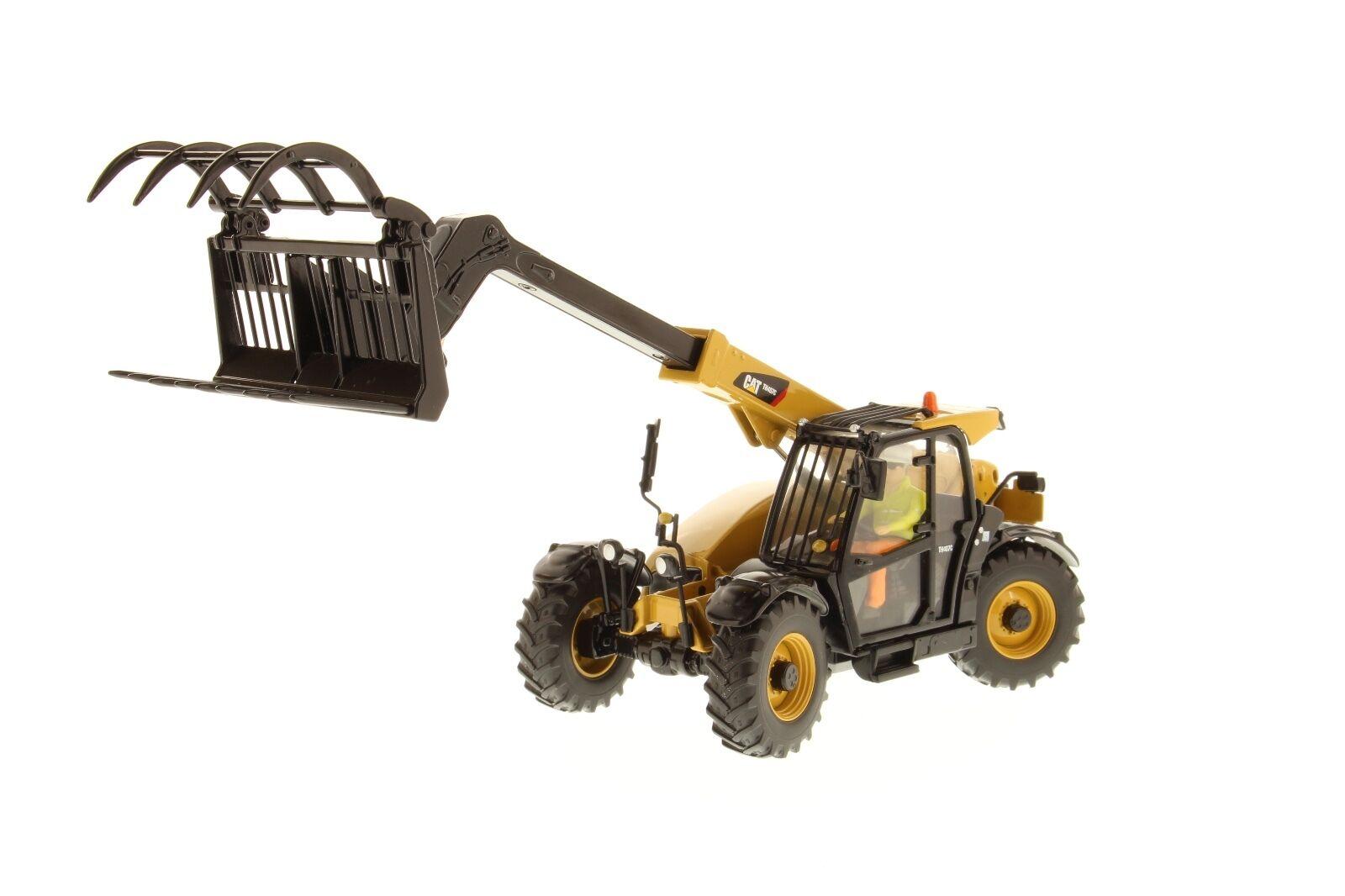 Caterpillar® 1 32 scale Cat TH407C Telehandler  - Diecast Masters 85278