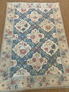 Lovely Indian Hand Stitched Wool Area Rug 6 ft x 4 ft in Floral 1980's, MB344