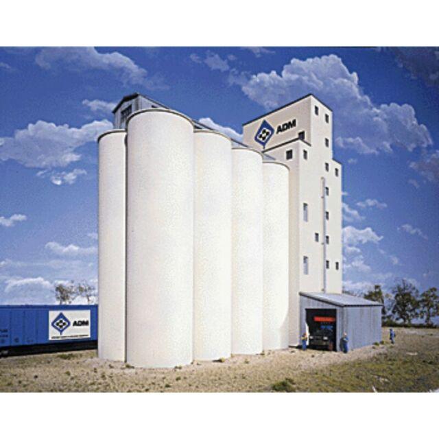 Walthers Cornerstone 933-3023 - Elevator add-on silos   - HO Scale