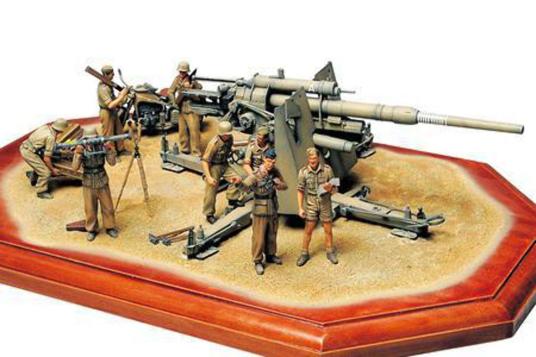 Tamiya 1 35 German 88mm Gun Flak 36  North African Campaign
