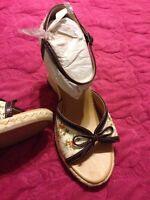Ellemenno Ivory Floral Brown Wedge Heel Women's Size 8 In Box