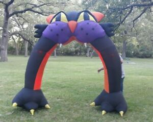 Gemmy-Airblown-Inflatable-Halloween-9-Giant-Black-Cat-Claws-Archway-Lights-Up