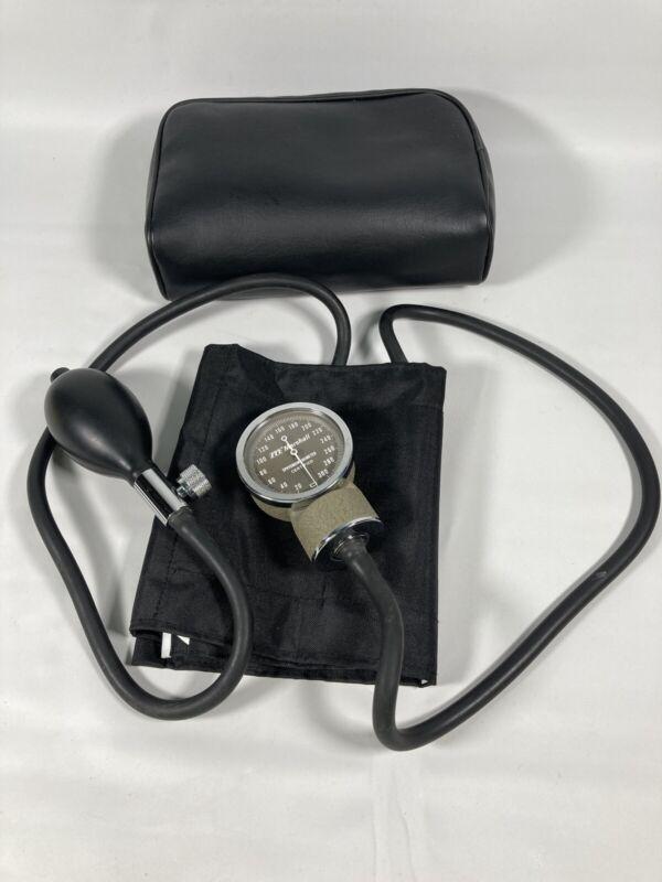 Marshall Medical Aneroid Sphygmomanometer Cuff Blood Pressure Monitor Vintage