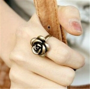 Adjustable-vintage-goth-style-gold-tone-rose-ring