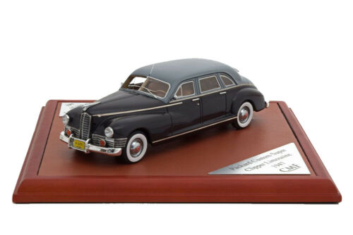 Packard Custom Super Clipper sedán 1947 Black//Grey 1:43 cmf43035