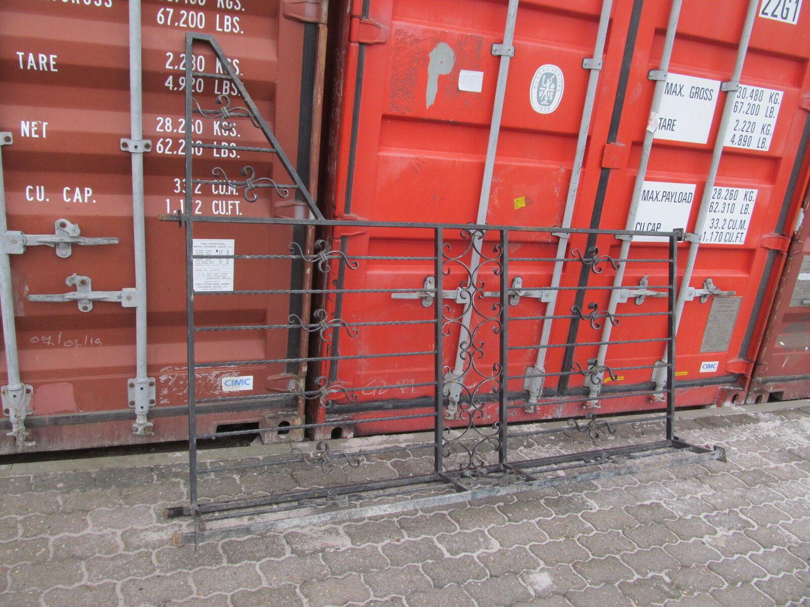 Schwarzes schmiedeeisenes Gitter Zaunfelt Zaun geländer ca 230 cm x 100 + 30 cm