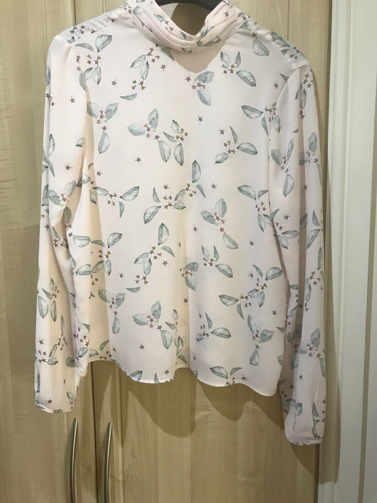 BNWT Marks And Spencer Limited Collection Ladies Floral Blouse In Size 10
