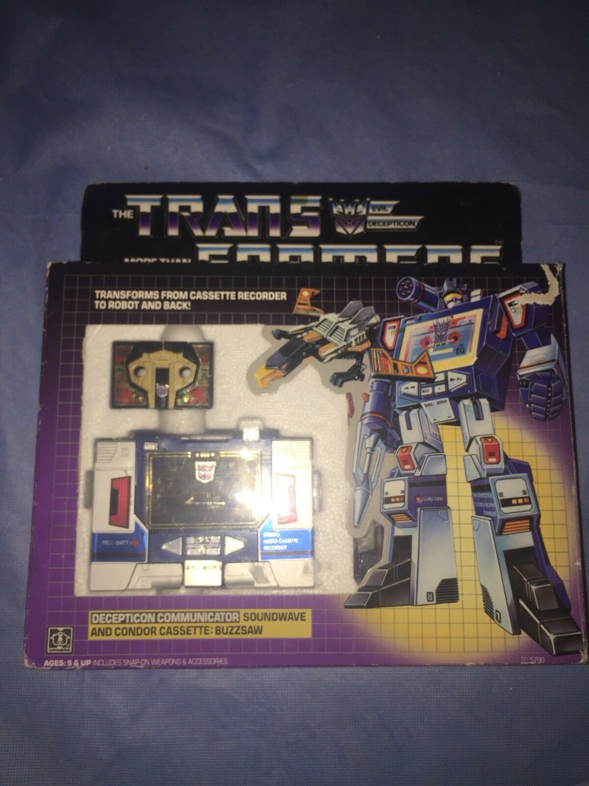 Complete 1984 Transformers G1 Soundwave with all Paperwork And Accessories